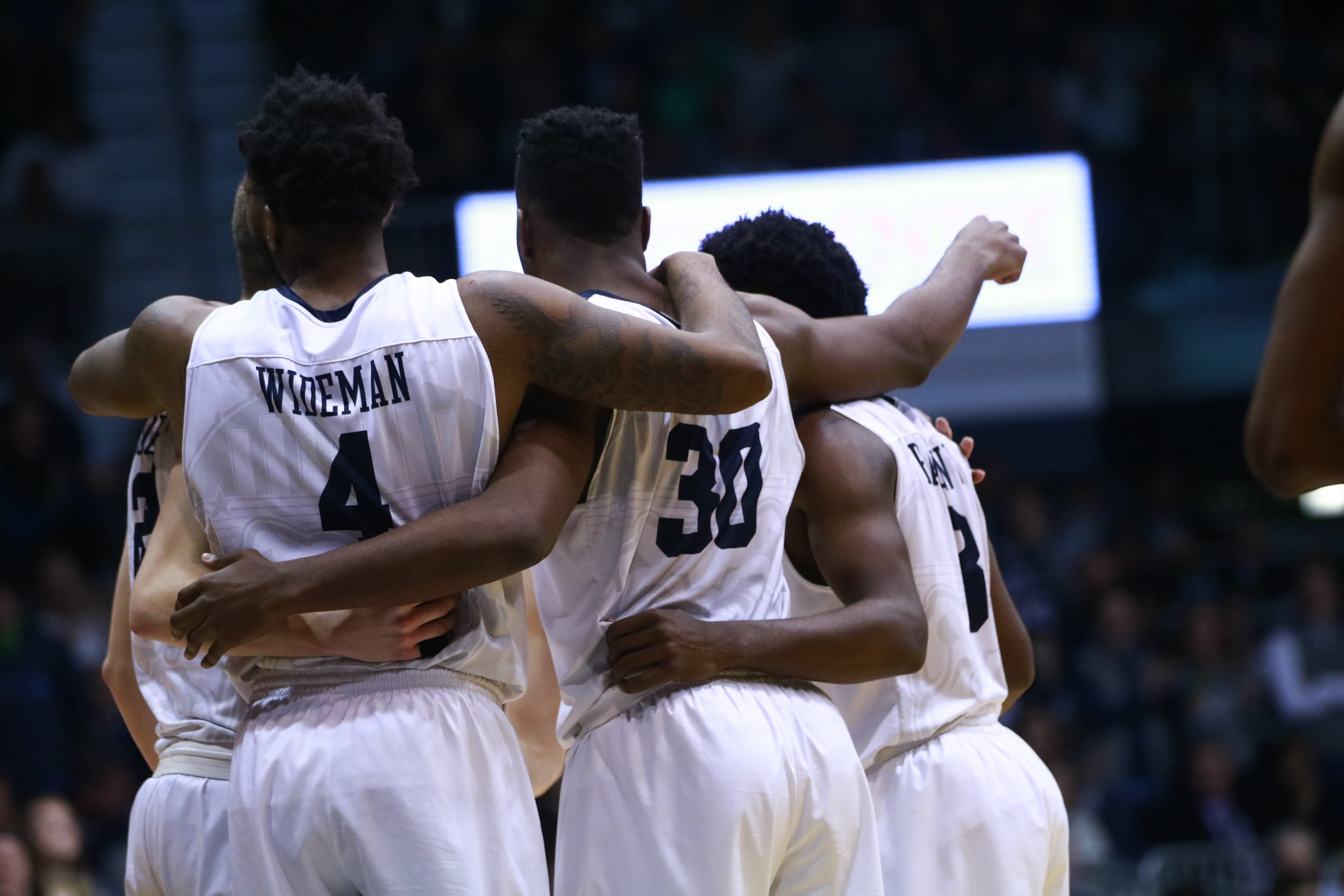Butler fans storm the court after unranked Bulldogs upset No. 1 Villanova